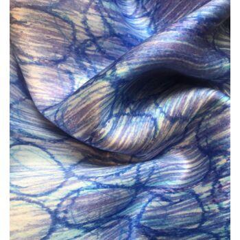 Autistic Art Sky hernyóselyem sál 70x70 cm